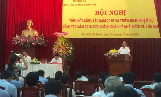 Vietnam aims to complete law on religion and belief in 2016