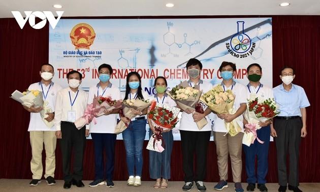 越南在2021年国际化学奥林匹竞赛中获得3枚金牌