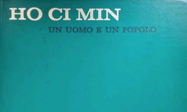 Zwei Druckwerke auf Italienisch über Präsident Ho Chi Minh an Ho Chi Minh-Museum