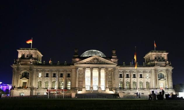 Wahl in Deutschland: SPD siegt