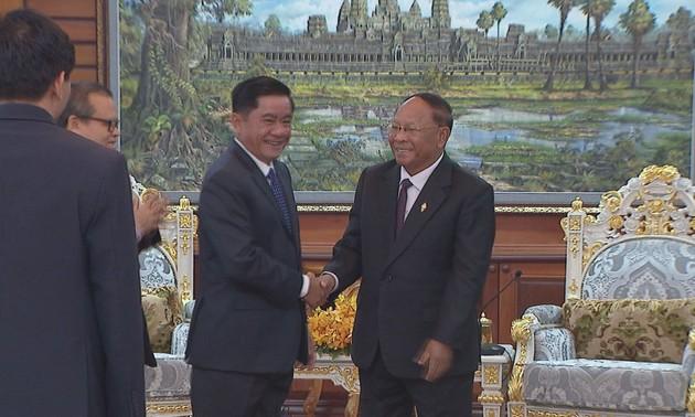 Vietnam y Camboya coinciden en proteger su amistad tradicional