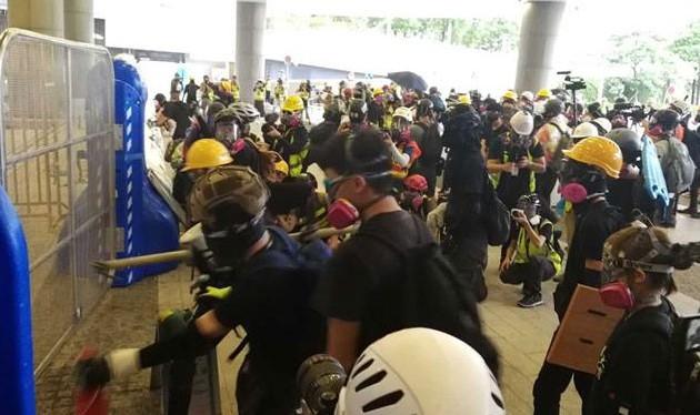 China rechaza apoyo del Senado de Estados Unidos a protestas en Hong Kong