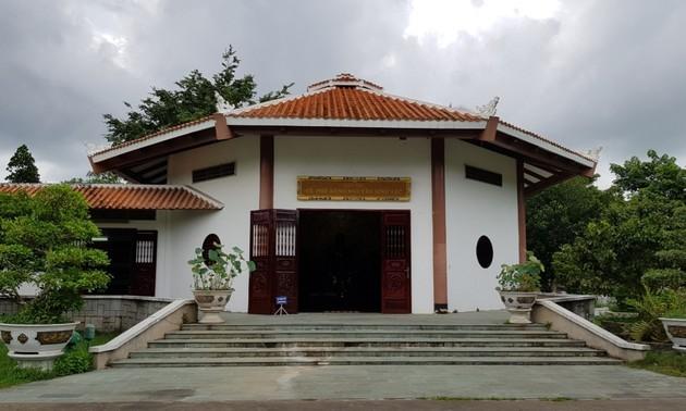 Zona de reliquias en homenaje al padre del presidente Ho Chi Minh en Dong Thap