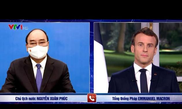 Los presidentes de Vietnam y Francia debaten sobre medidas de promoción de las relaciones bilaterales