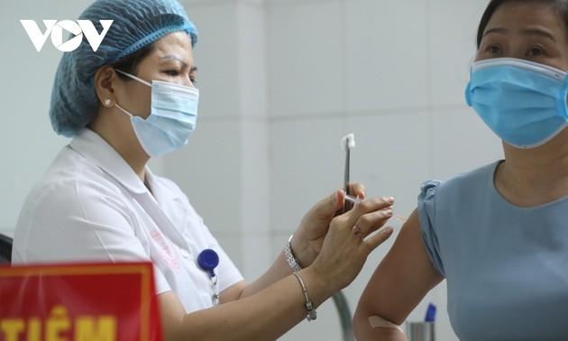 Finalizan la aplicación de mil dosis en última fase de ensayo de vacuna vietnamita contra el covid-19
