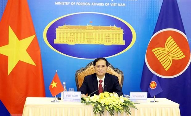Canciller vietnamita destaca la importancia de la asociación estratégica Asean-UE