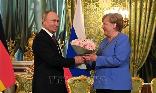 Canciller alemana y presidente ruso se reúnen en Moscú