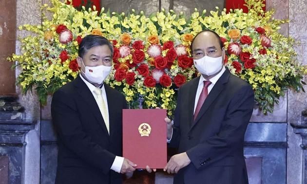Nombran a nuevo embajador vietnamita en Camboya