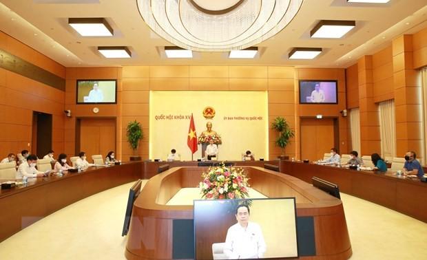 Continúan renovando las sesiones parlamentarias