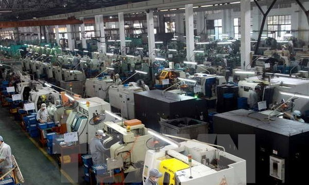 Industrial production index rises 7% in 8 months