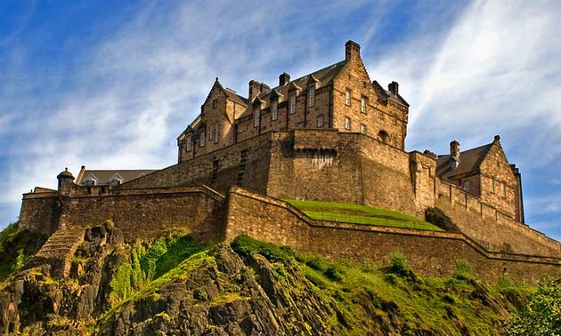 Scotland's Edinburgh Castle – one of the world's most haunted places