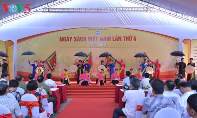Vietnam Book Day promotes reading culture