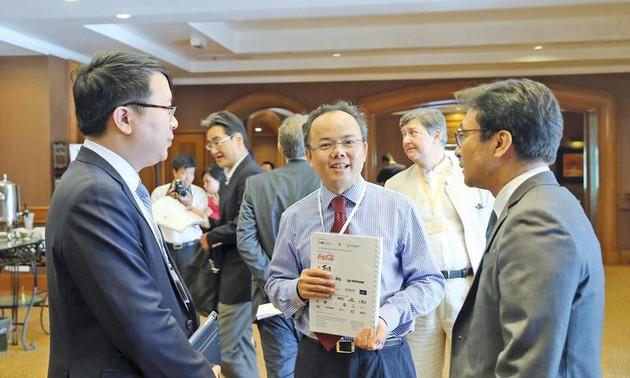 Création de l'Institut de consultation et de recherche en politique et en droit d'investissement vietnamien