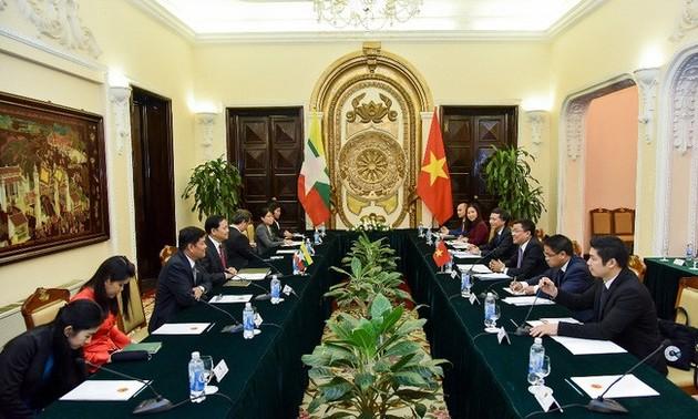 Vietnam - Myanmar: consultation politique au niveau des vice-ministres