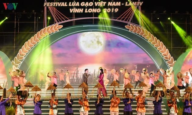 Vinh Long : Ouverture du 4e Festival du riz vietnamien