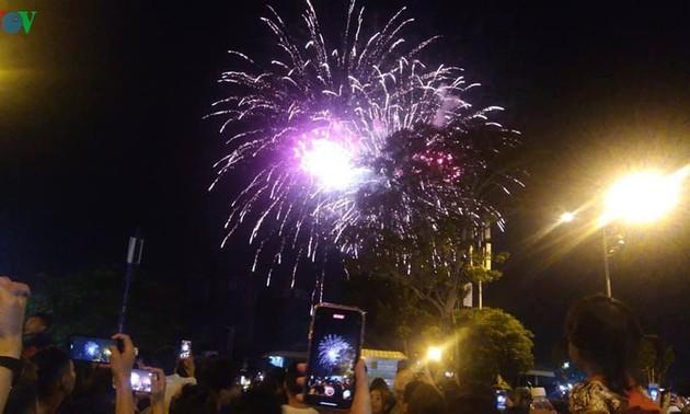 Le Nouvel an lunaire du Rat fêté dans l'ensemble du pays