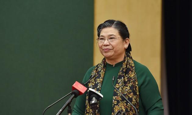 La vice-présidente permanente de l'Assemblée nationale à l'Université de Thai Nguyên