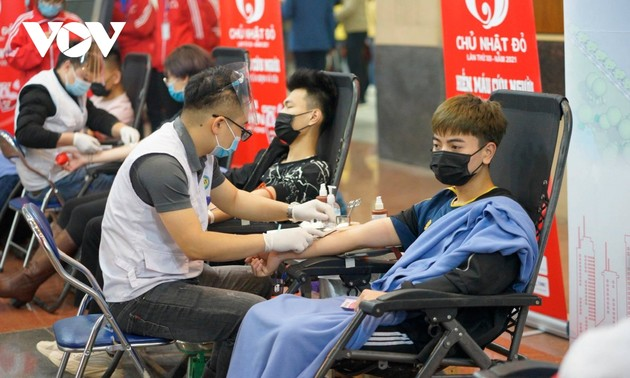 Dimanche rouge: donner du sang pour sauver des vies