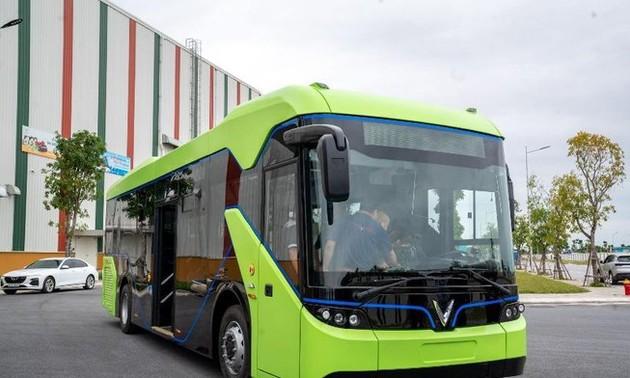 Hanoi: bientôt 10 nouvelles lignes de bus électriques