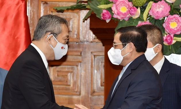 Pham Minh Chinh reçoit l'ambassadeur du Japon au Vietnam