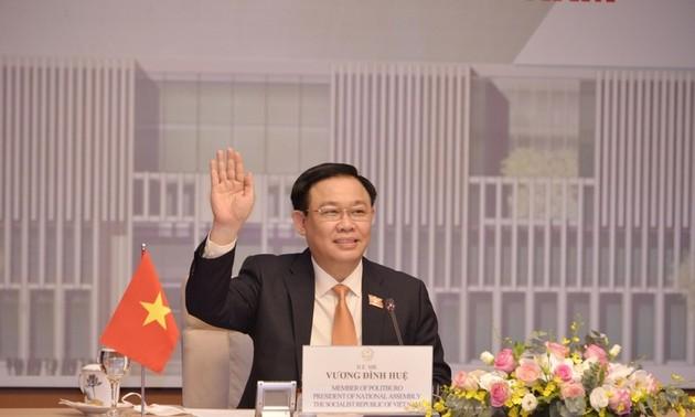 Vuong Dinh Huê entame sa visite au Parlement européen