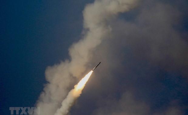 Pyongyang a tiré deux projectiles en mer du Japon