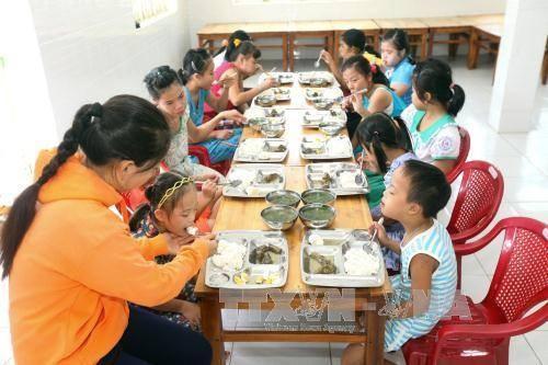 Tăng cường tình hữu nghị giữa nhân dân hai nước Việt Nam và Mỹ