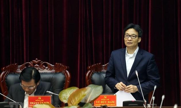 Phó Thủ tướng Vũ Đức Đam làm việc với lãnh đạo tỉnh Điện Biên