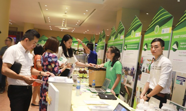 """Diễn đàn """"Phụ nữ và tương lai của nền kinh tế xanh"""""""
