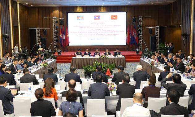 Thỏa thuận hợp tác giữa ba nước Campuchia - Lào - Việt Nam trong khu vực Tam giác phát triển