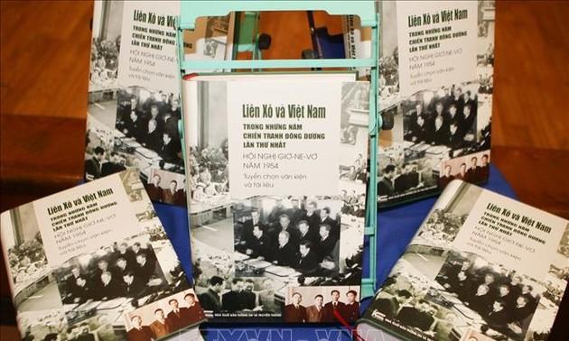 """Bản tiếng Việt sách """"Liên Xô và Việt Nam trong cuộc chiến tranh Đông Dương lần thứ nhất - Hội nghị Genève năm 1954"""""""