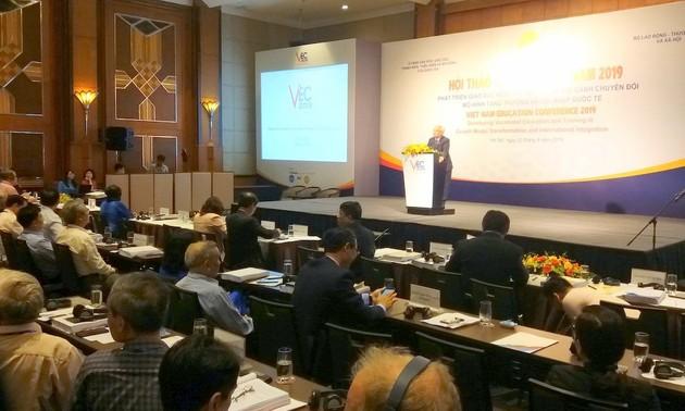 Phát triển giáo dục nghề nghiệp trong bối cảnh chuyển đổi mô hình tăng trưởng và hội nhập quốc tế