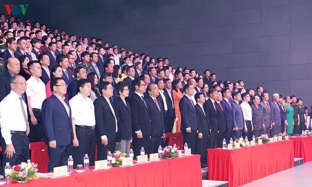 Thủ tướng Nguyễn Xuân Phúc: doanh nghiệp, doanh nhân đem lại sự thịnh vượng của quốc gia