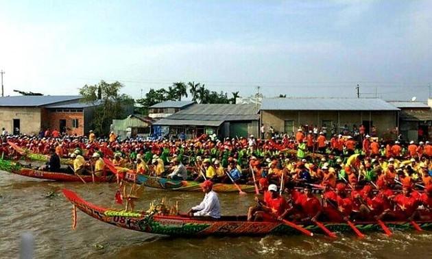 Lễ hội Oóc om bóc khu vực Đồng bằng sông Cửu Long năm 2019: Phát huy các giá trị văn hóa truyền thống của đồng bào Khmer