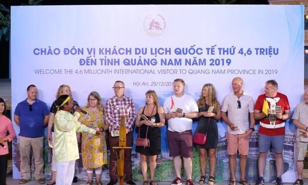 Quảng Nam đón vị khách du lịch quốc tế thứ 4,6 triệu năm 2019