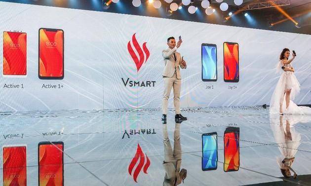 """Forbes gọi điện thoại Vsmart của Việt Nam là """"hiện tượng"""" trên thị trường"""