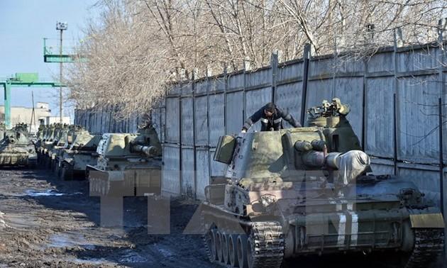 Украинская армия сообщила о завершении отвода легких вооружений от линии сопрокосновения