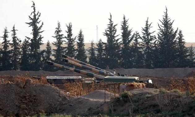 Турция открыла артиллерийский огонь по позициям курдов на границе с Сирией