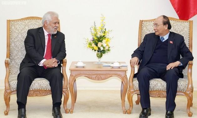 Премьер-министр Вьетнама Нгуен Суан Фук принял посла Венесуэлы