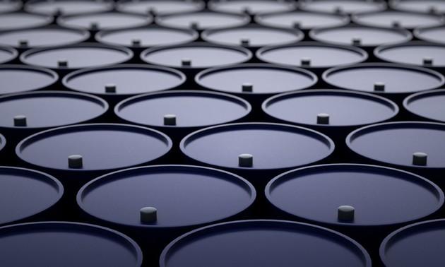 ОПЕК+ согласовал дополнительное сокращение добычи нефти