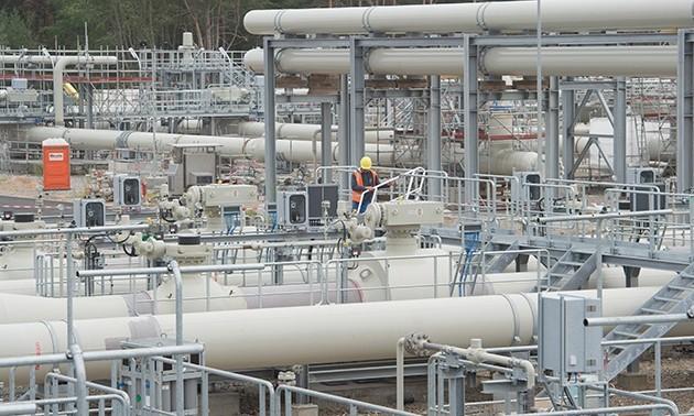Украина начала транзит российского газа в Европу по новому соглашению