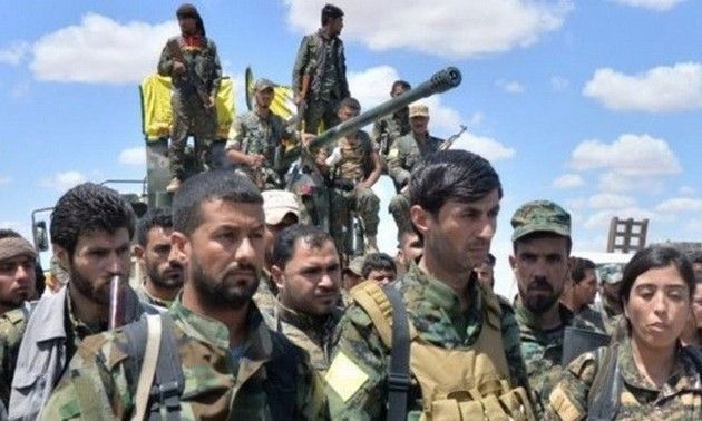 Syrie : les milices kurdes avancent vers Raqqa