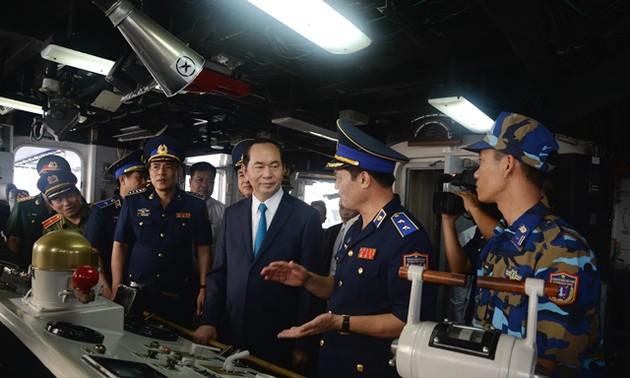 Edifier une Police maritime vietnamienne professionnelle, performante et moderne