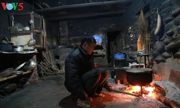Le foyer dans la culture Tay à Binh Lieu (Quang Ninh)