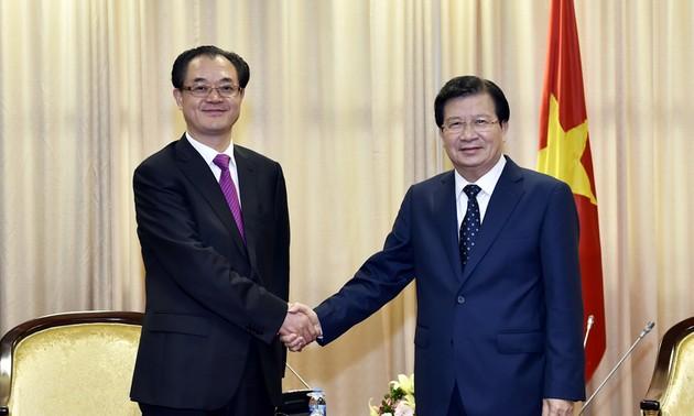 Le gouvernement favorise la coopération décentralisée entre le Vietnam et la Chine