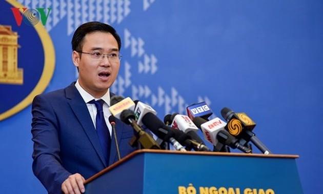 Facebook prive le Vietnam des archipels de Hoang Sa et Truong Sa, Hanoi proteste
