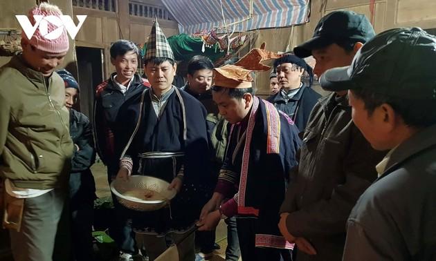 Pung nhnang, la fête familiale des Dao Tiên