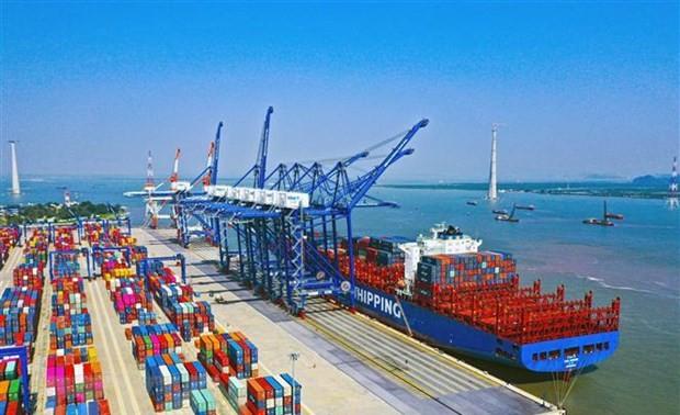 Publication du plan directeur sur le développement du réseau portuaire vietnamien