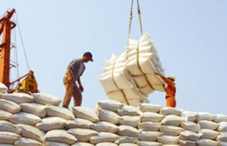 Việt Nam xuất siêu đạt 143 triệu USD