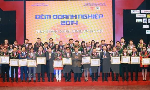 """Chủ tịch Quốc hội Nguyễn Sinh Hùng dự Chương trình giao lưu """"Đêm Doanh nghiệp 2014"""""""